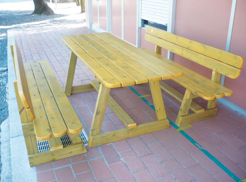 Arredi in legno urban design for Arredi in legno